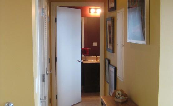 Apt 1202 Hallway 1 051012
