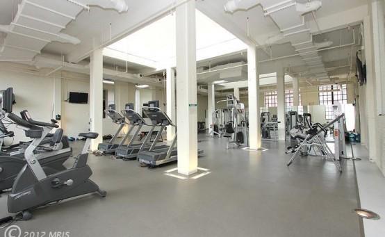 Yale Gym Large - Nice Shot 050912